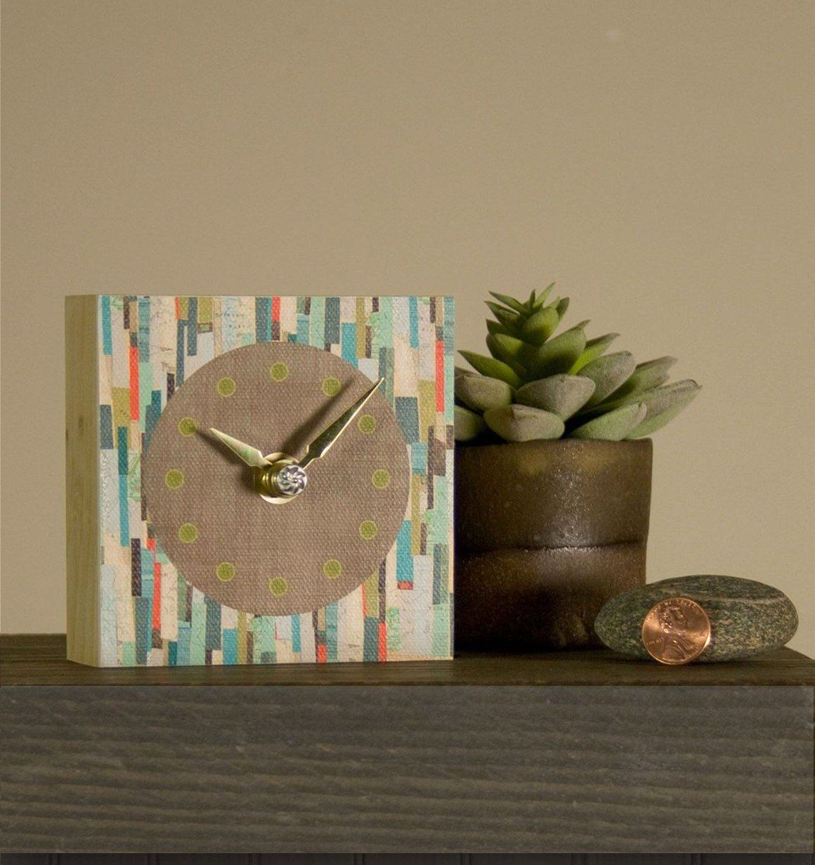 Mini Clock in Papers