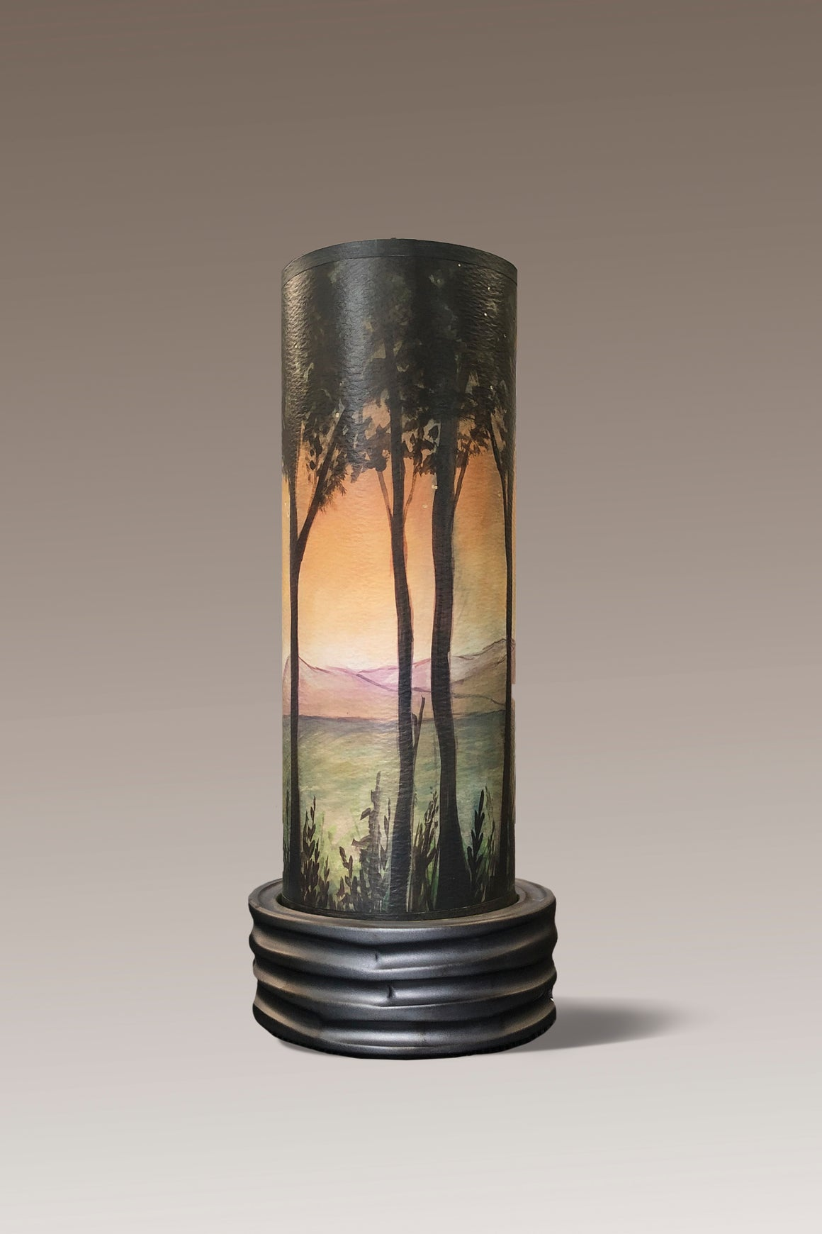 Ceramic Luminaire Accent Lamp with Dawn Shade