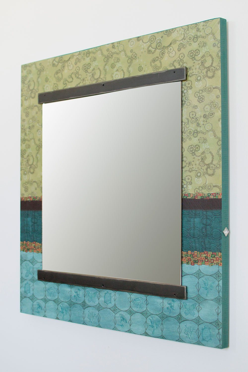 Square Wall Mirror in Paradise Pool