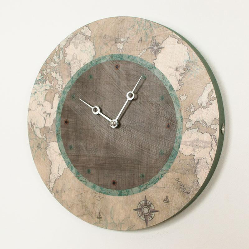 Round Wall Clock in Sand Map