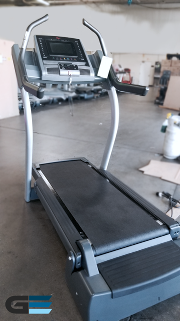 FreeMotion i11.9 Incline Trainer (CERTIFIED PRE OWNED)