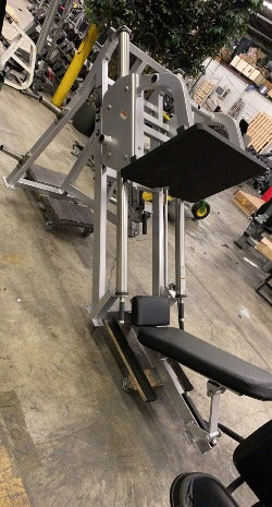 Hammer Strength Plate Loaded 45 Degree Linear Leg Press V1
