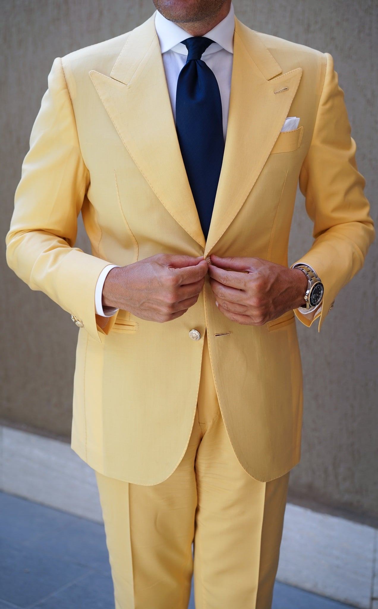 Doha Yellow Suit