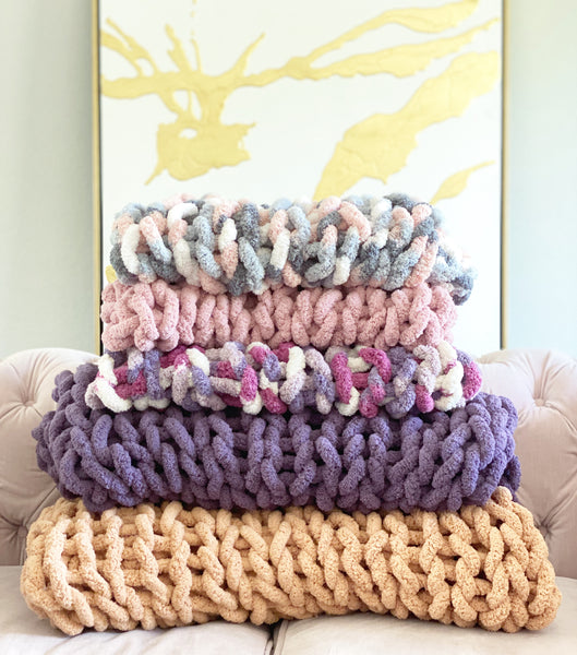 Chunky hand knit blanket Coming Soon
