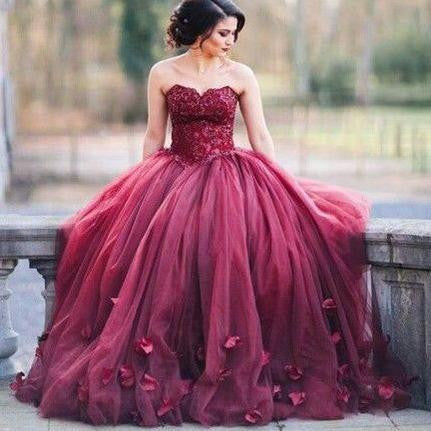 Burgundy Appliques Sweetheart Ball Gown Tulle Prom Dresses 2017