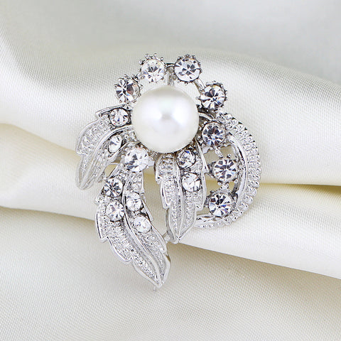 Luxurious Pearl Brooches