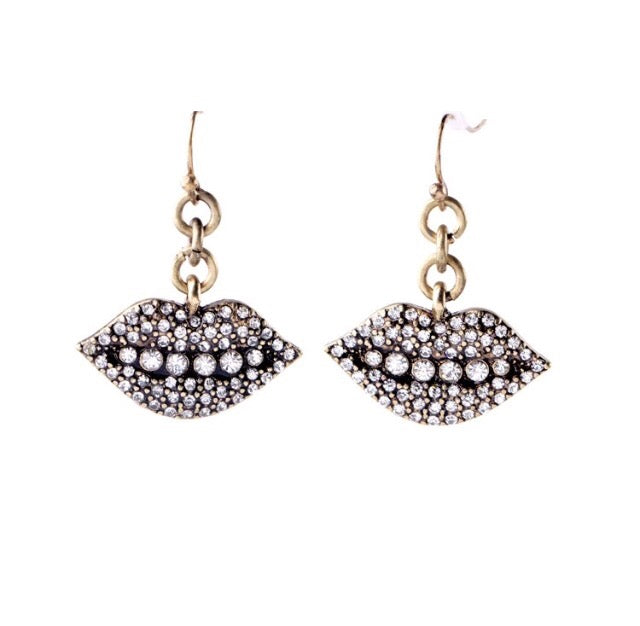 Sparkly lips earrings
