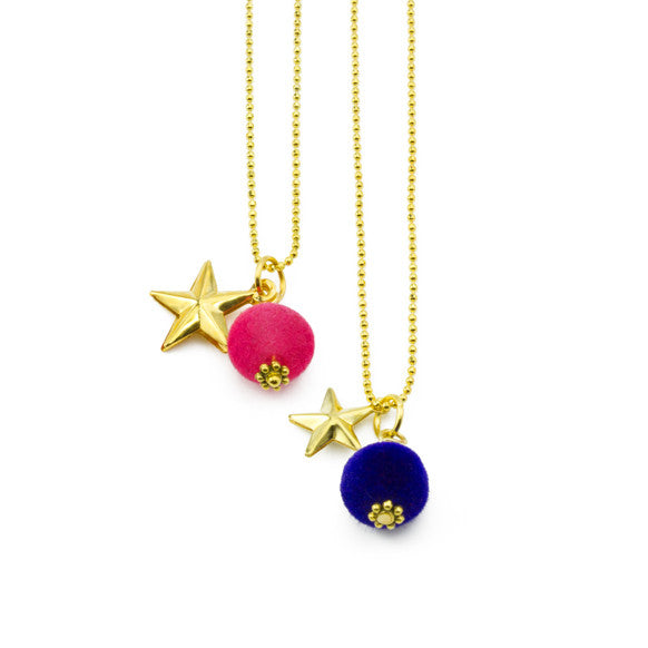 Star pom-pom necklace