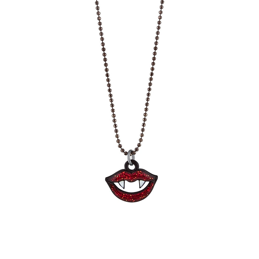 Vampire's Kiss necklace