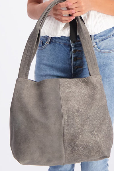 Leather Tote Bag, gray Leather Tote, Leather Shoulder Bag, Laptop Tote, Laptop Bag, Large Leather Tote, Personalize Tote Bag Women,Work Bag , laptop bag, leather purse, handbag, woman tote ||distressedGray||