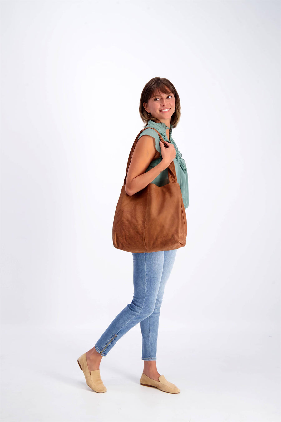 brown leather tote, tote bag, handbag, leather bag, shoulder bag, leather tote bag, tote bag with zipper, handmade bag, woman leather bag, soft leather , italian leather bag ||CaramelTote||