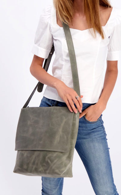 Leather Messenger Bag, Womens Satchel, Leather Cross Body Bag, Leather Satchel, Laptop messenger Bag, Personalized Bag, Custom Leather Bag, Work Bag, Leather Work Bag, Leather Crossbody Bag, Student Bag, Handmade Leather Bag ||Gray||