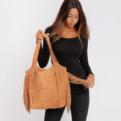 Tote Bag, Bags and Handbags, Big Leather Tote, Big Bag, Big Tote Bag , Big Handbag, Fringe Bag, Fringe Tote, Woman Purse, Woman's Handbag, Woman's Bag, Travel Bag, Work Bag, Student Bag, Everyday Bag, Leather Tote, Camel leather bag, ||Camel||