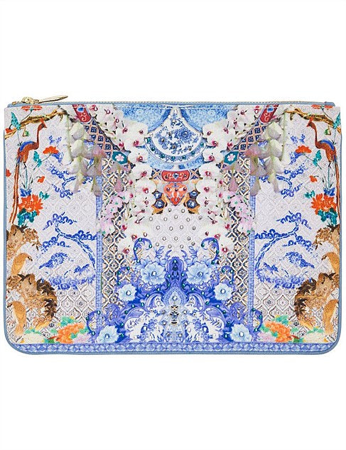 Hire: Geisha Gateways Clutch