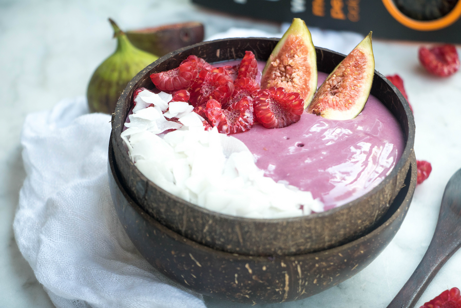 Berry Oolong Smoothie Bowl