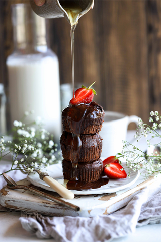 vegan chocolate fudge muffins with peppermint