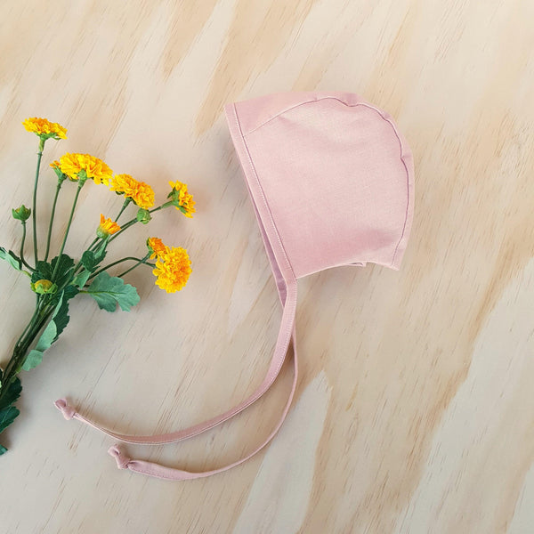Classic Bonnet in Blush Pink