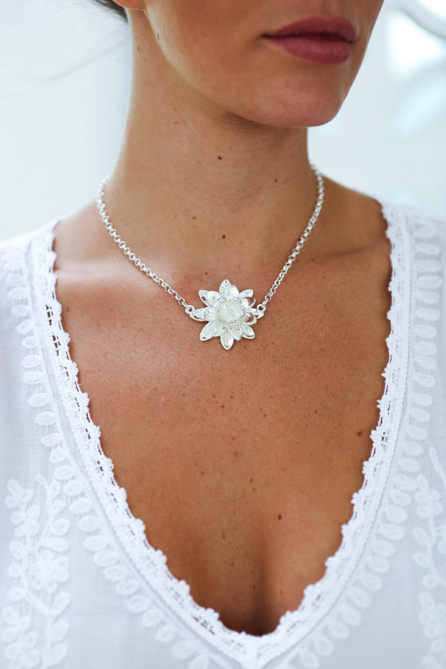 Silver Lotus Flower Short Necklace Feather Fox