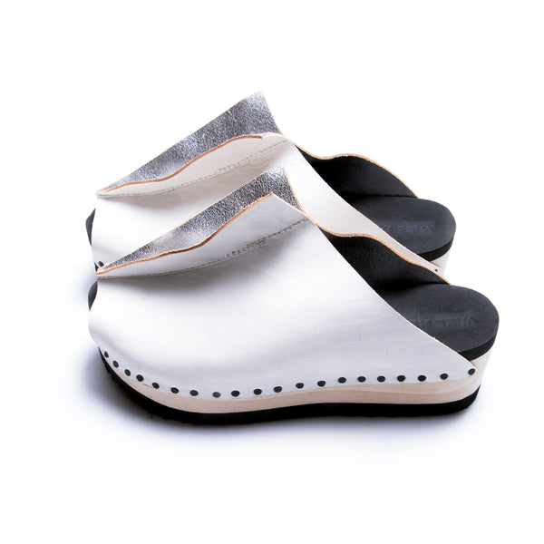 InsideOut white/silver leather clogs