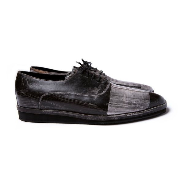 Painted Oxford shoes | Type F | Size EU 42 (US w11/m9 ), EU 43 (US m10 )