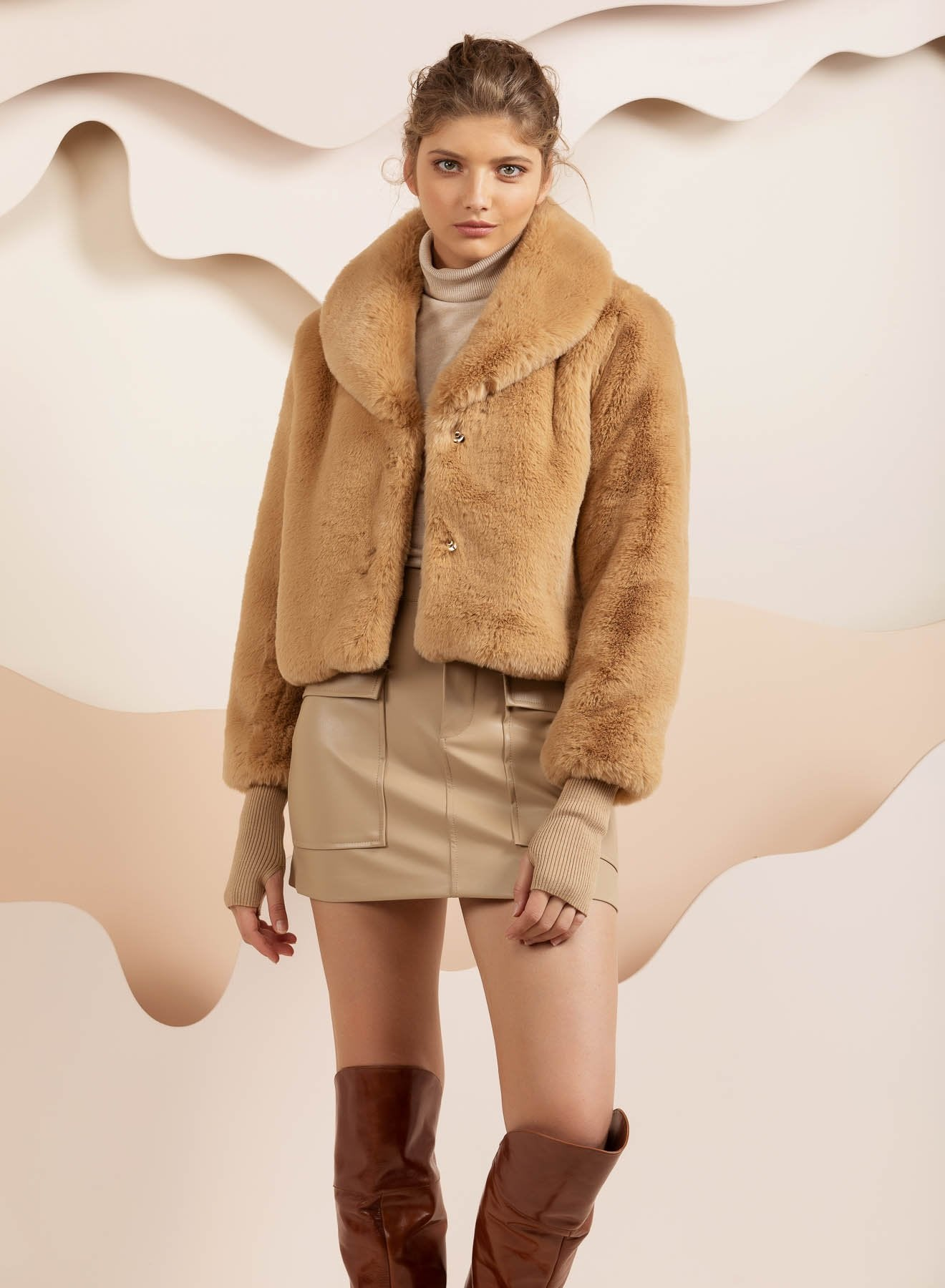Faux Fur Milan Crop Beige Jacket