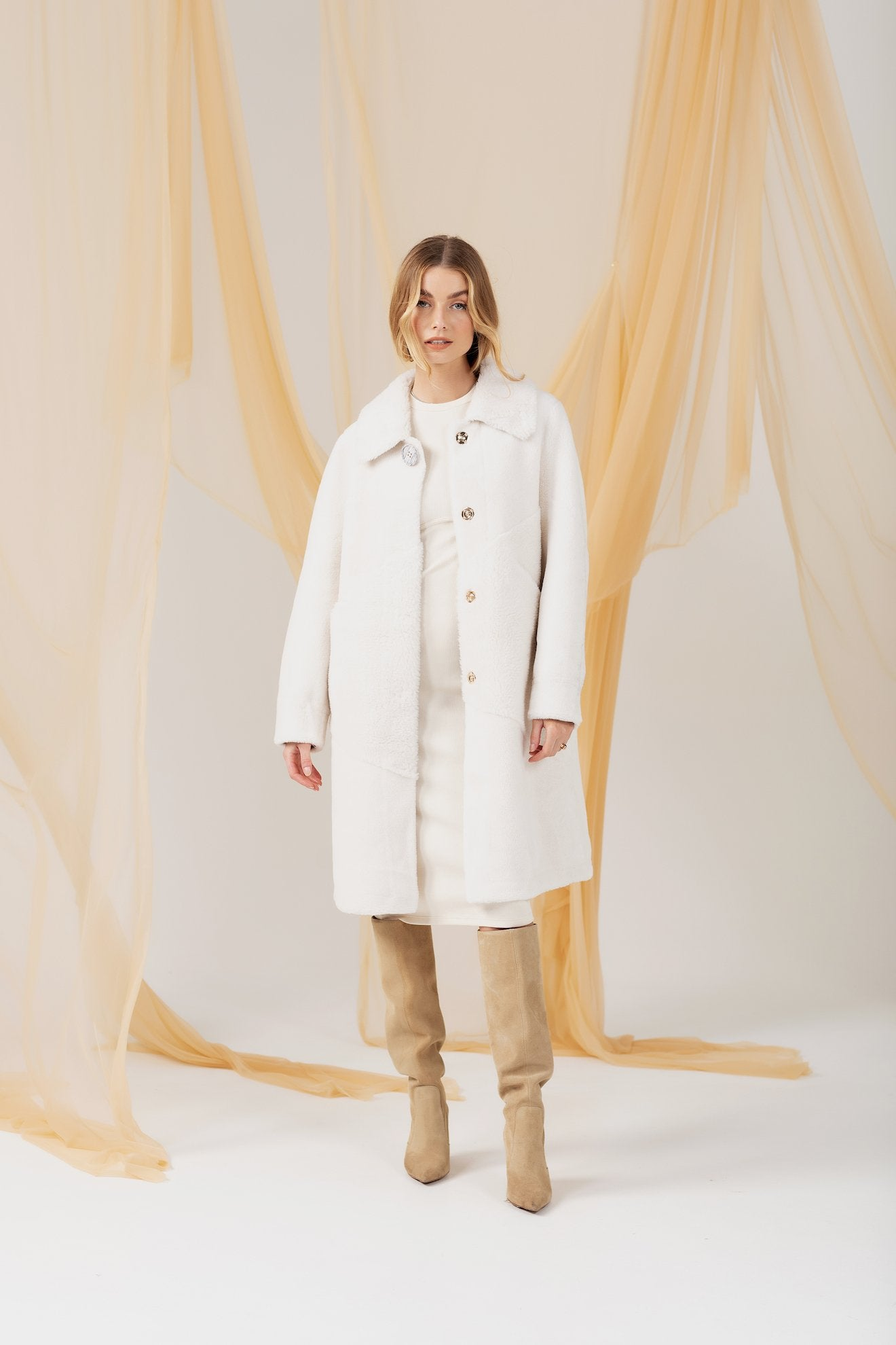 Carrie Coat - White Long Coat Bubish Luxe