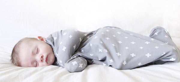 BABY LOVES SLEEP - SLEEPY HUGS, SWADDLE TRANSITIONING