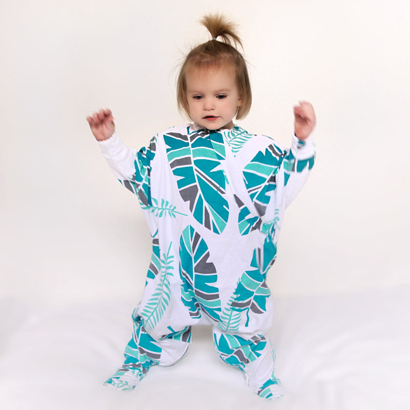 Sleepy Hugs, cozy toddler sleep suit, toddler sleep suit, pyjamas, PJ's, pajamas, sleeping baby, baby loves sleep, onesie