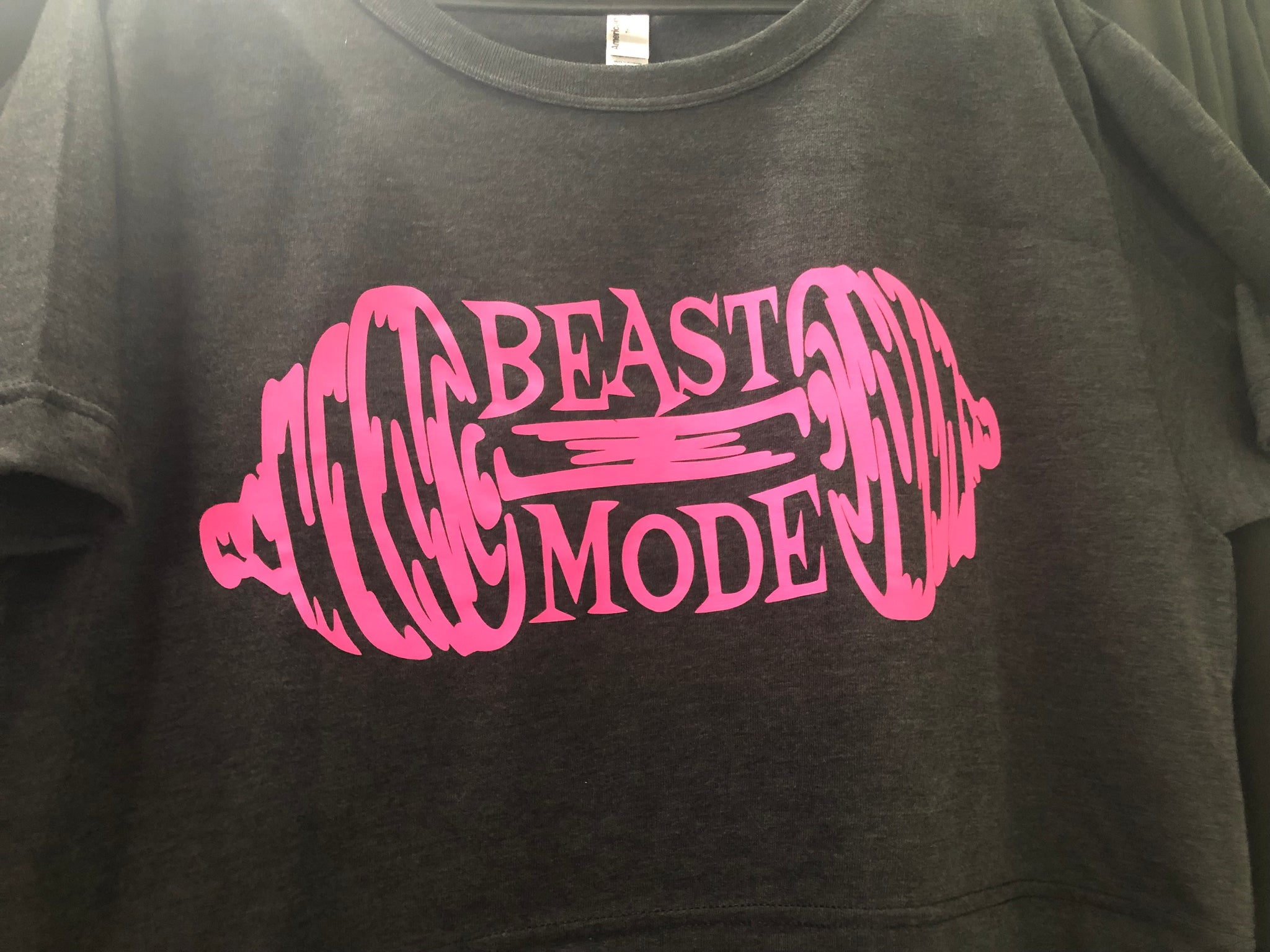 HARD CORE: MID TEE BEAST MODE