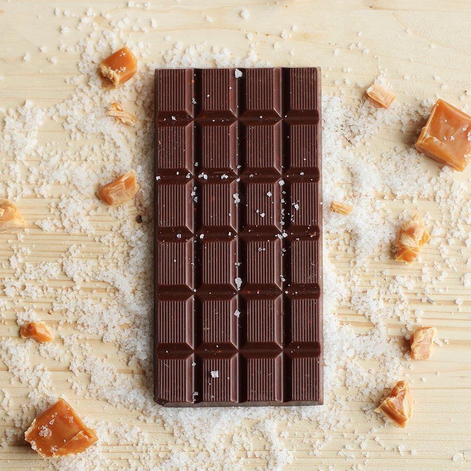 Small milk chocolate & salted caramel, 41% cocoa - Organic