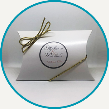 Pillow Box Gold Ribbon (2 Tea Bags)