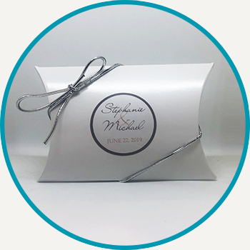 Pillow Box Silver Ribbon (2 Tea Bags)