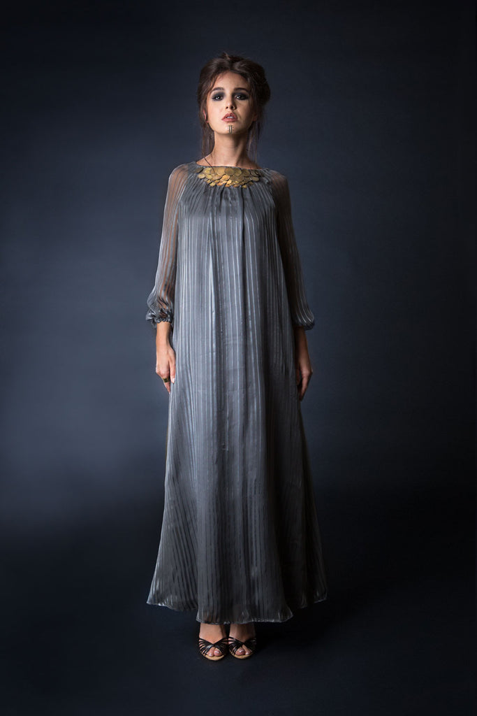 Maxi dress with coins on collar