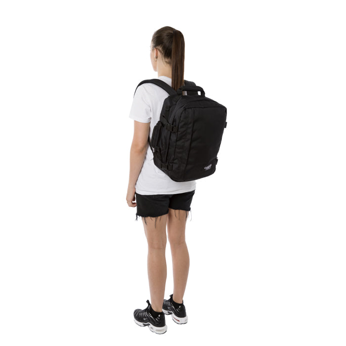 Cabin Zero Classic 36L Travel Backpack 旅行背包