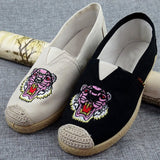 Babakud Embroidery Casual Cloth Paneled Flats Shoes 2019 July New