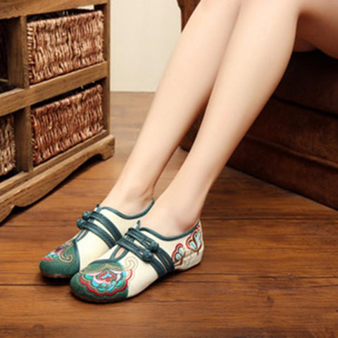 Babakud Women New Embroidery Cloth Shoes 34-41 2019 Jun New