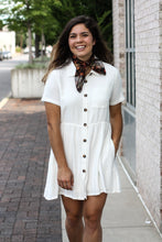 Load image into Gallery viewer, Short Sleeve Button Dress Small