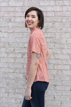 Load image into Gallery viewer, Salmon Printed Short Sleeve Top Large