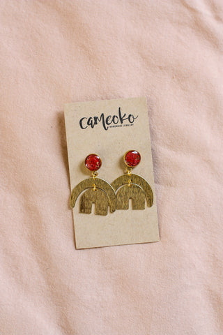 Coral and Gold Flake Dangle Cameoko Earrings