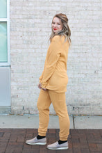 Load image into Gallery viewer, Thermal Pajama Set Small Honey