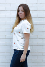 Load image into Gallery viewer, Floral Embroidered Tee Small