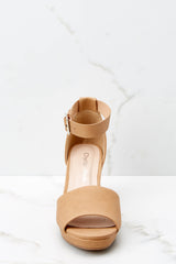 Sneak A Peek Tan Brown Wedges