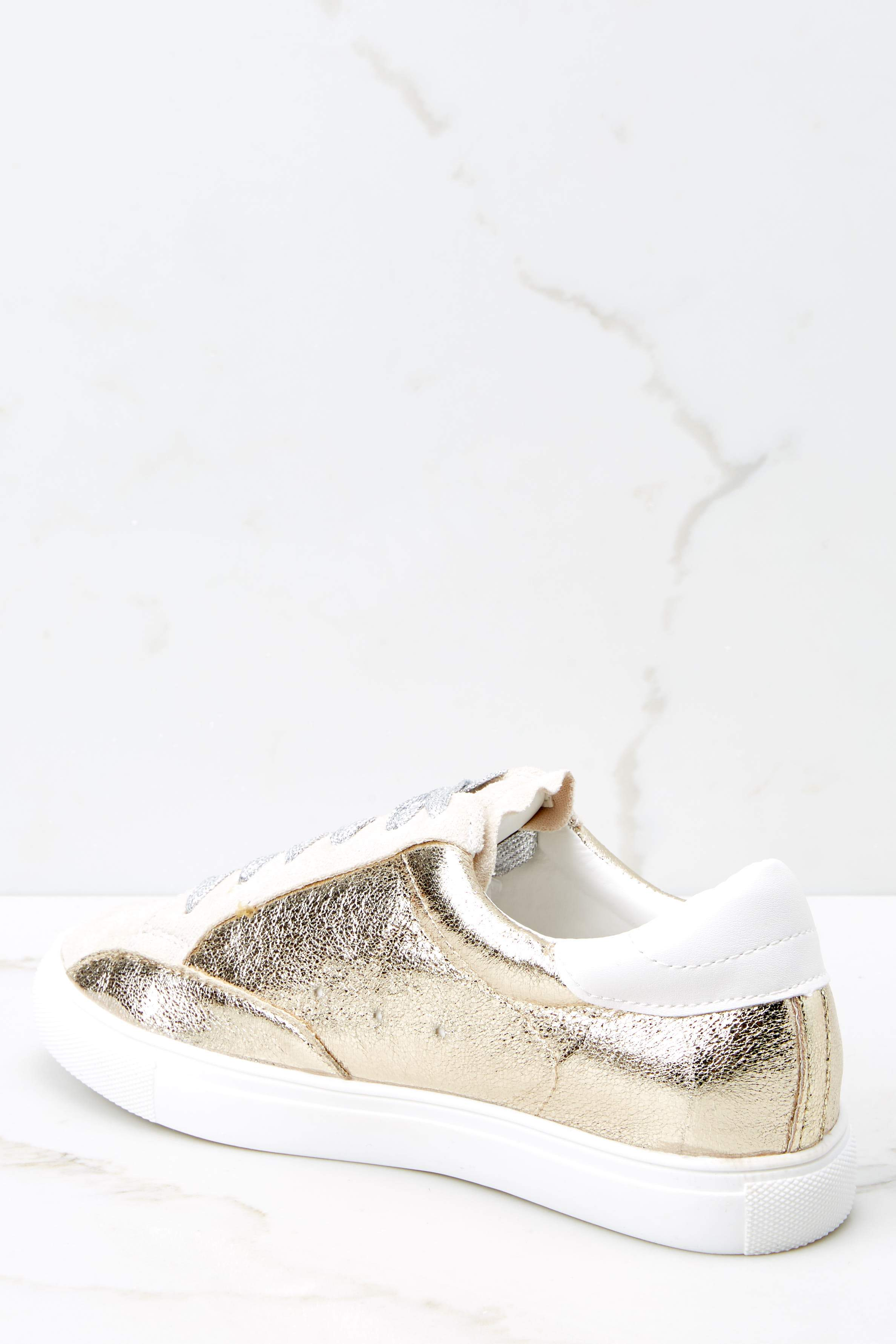 4 Getting Better Gold Sneakers at reddress.com