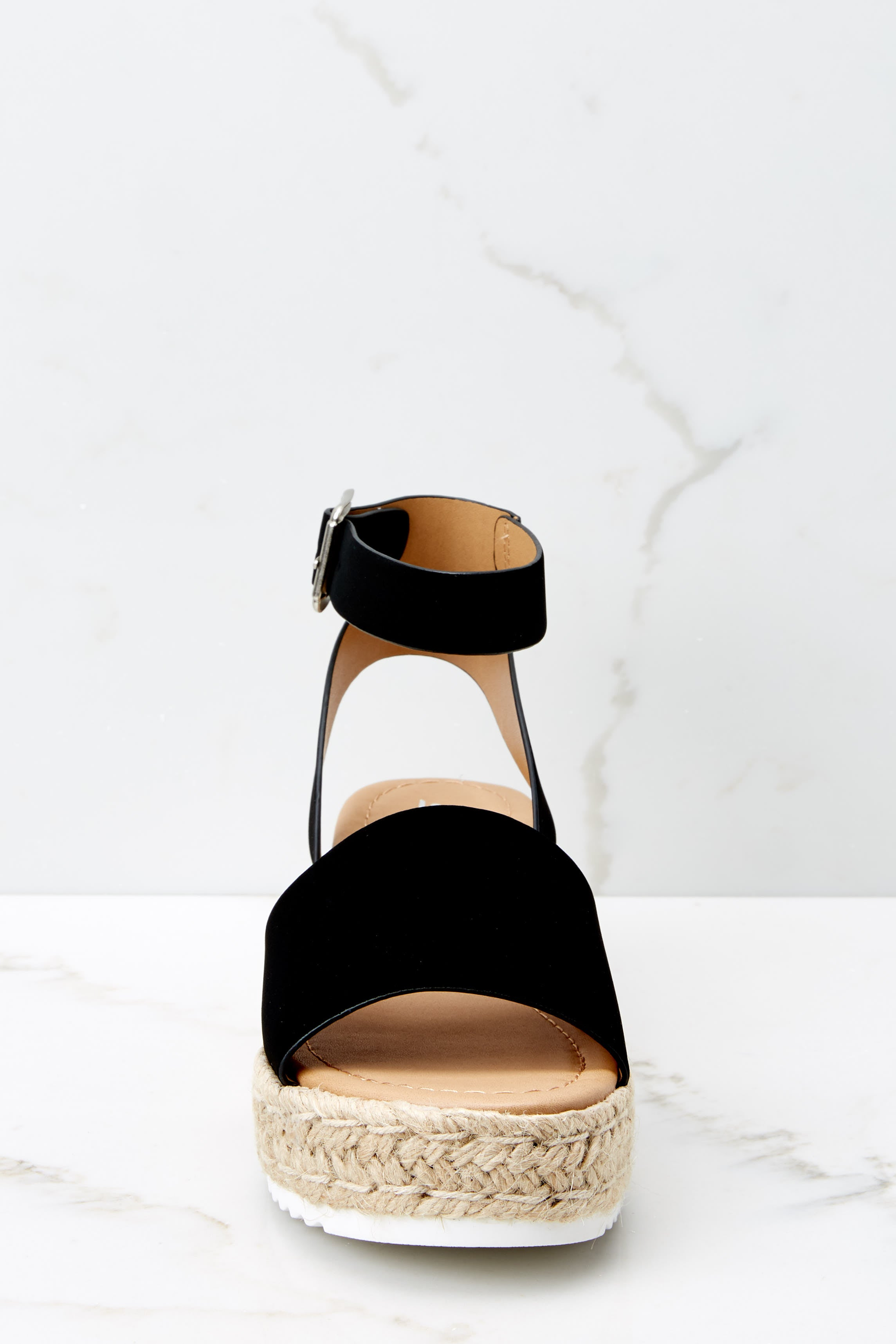 Know The Way To You Black Flatform Sandals