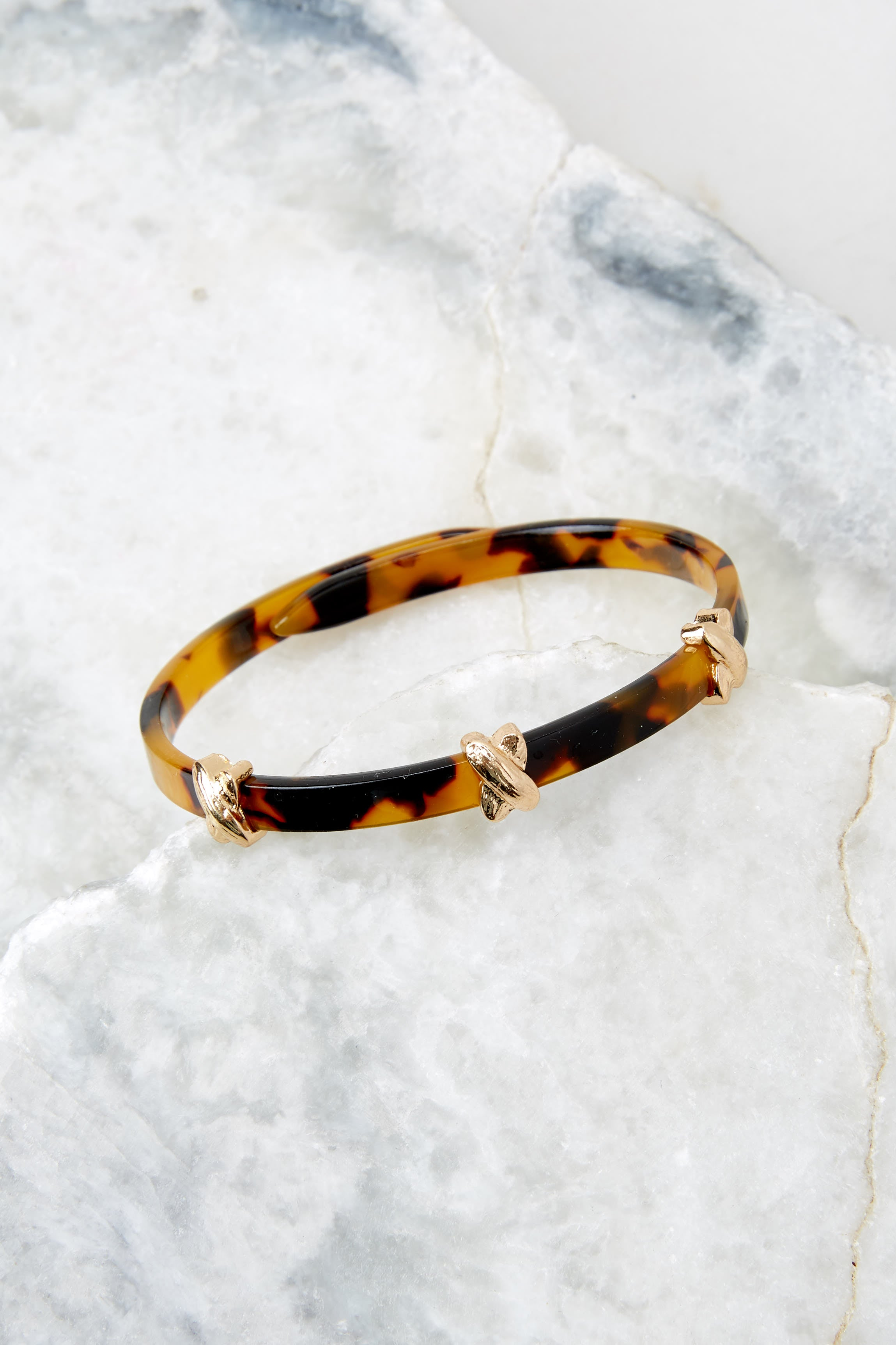 2 Perfect Target Tortoise Acrylic Bracelet at reddress.com