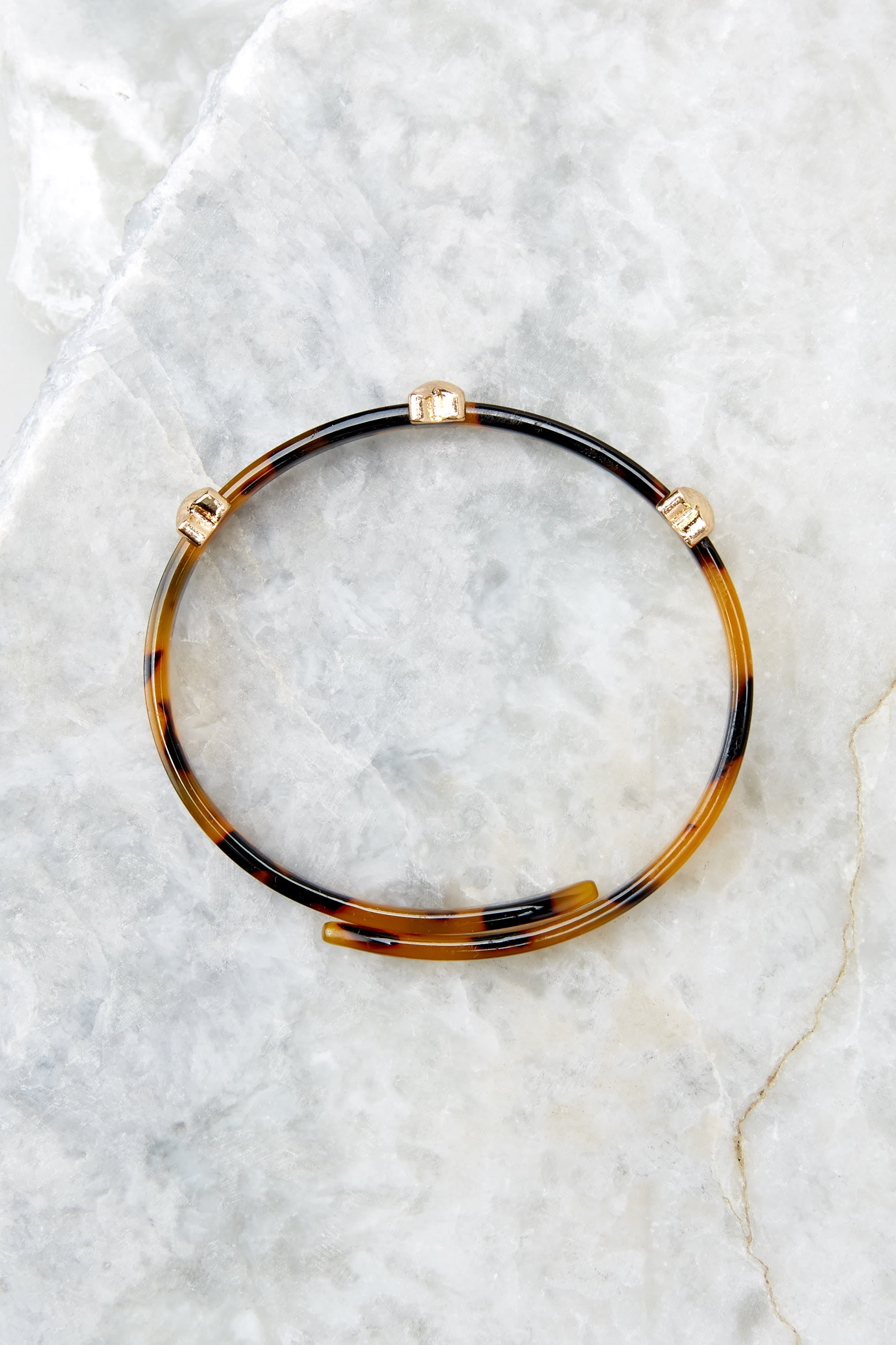 3 Perfect Target Tortoise Acrylic Bracelet at reddress.com