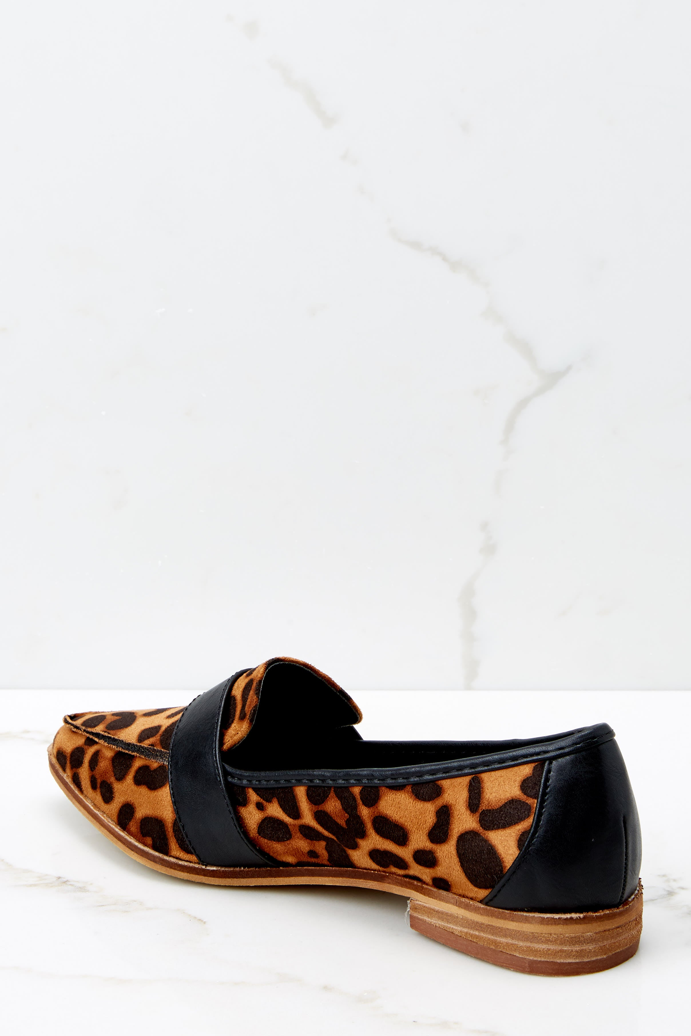 4 Second Glances Leopard Loafers at reddress.com