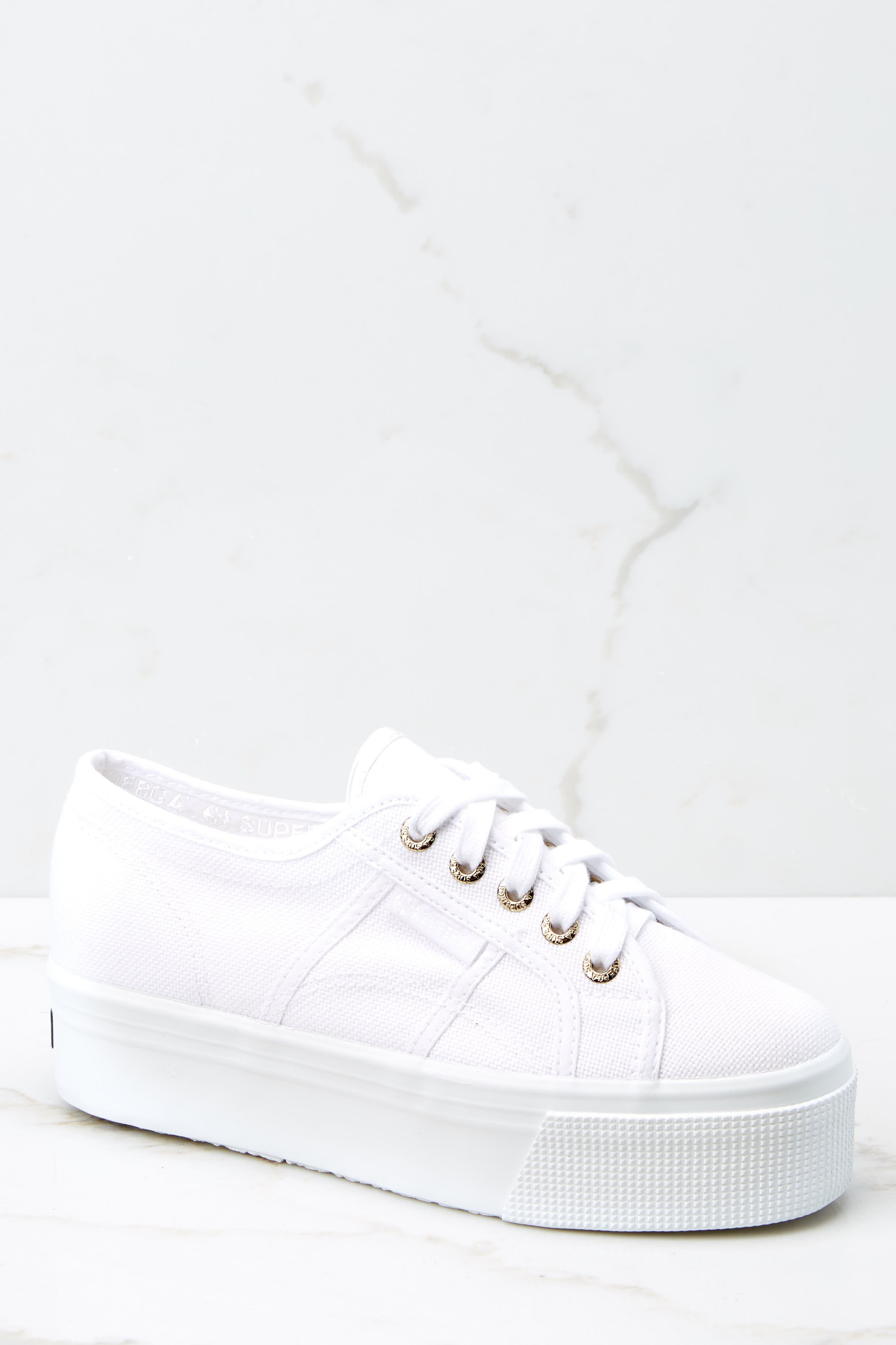 2 2790 Acot White And Gold Platform Sneakers at reddress.com