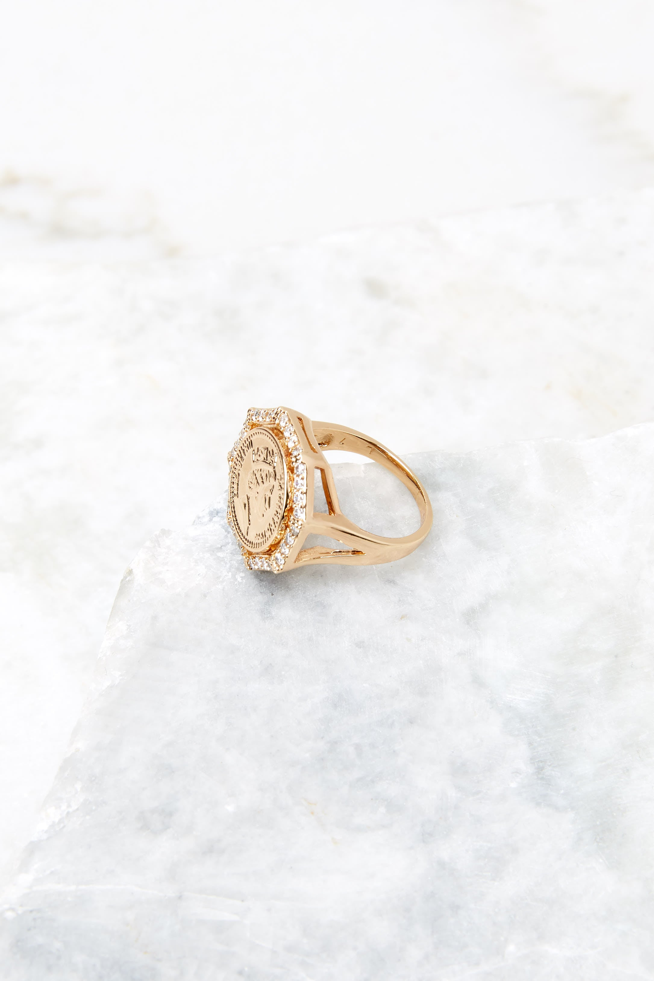 4 Isadora Gold Ring at reddress.com