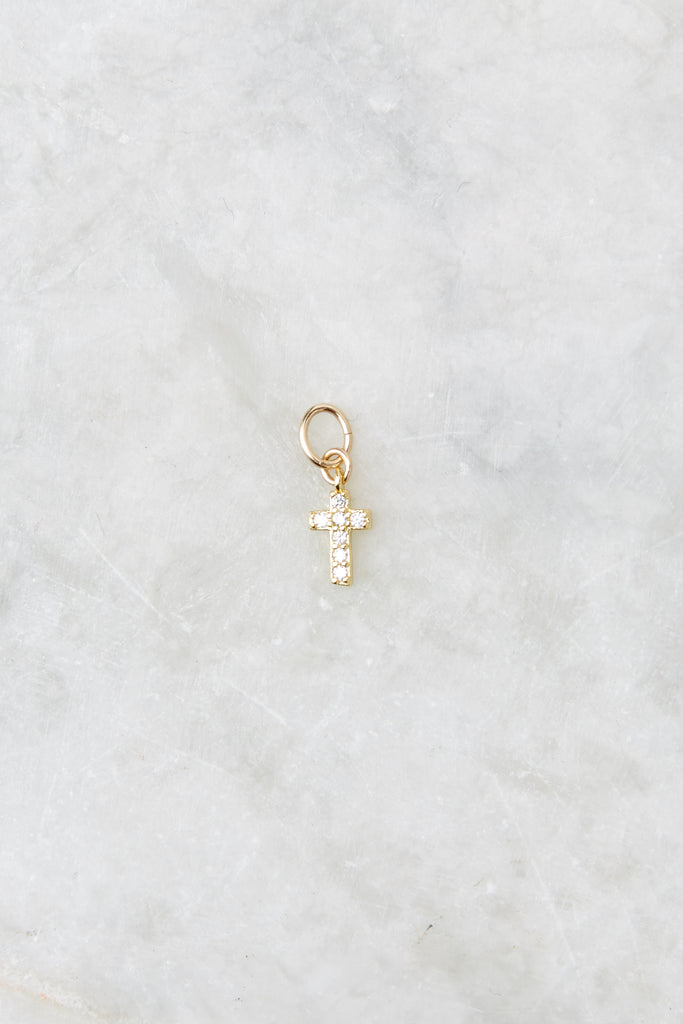 1 Perfect Timing Gold L Initial Charm at reddress.com